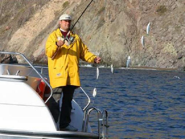рыбалка в севастополе на море с берега